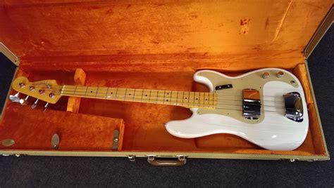 Fender Precission fender american vintage 57 precision bass white