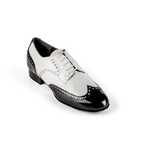 imagenes en blanco y negro de zapatos el zapato de baile social y tango para hombre en charol