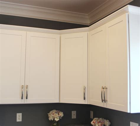 Maple Cabinets Refinished In Decorative White Tinted White Lacquer Kitchen Cabinets