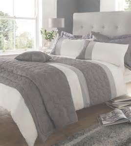 Bedding Sets Reduced Modern Beige King Quilt Duvet Covers Bed Set Or