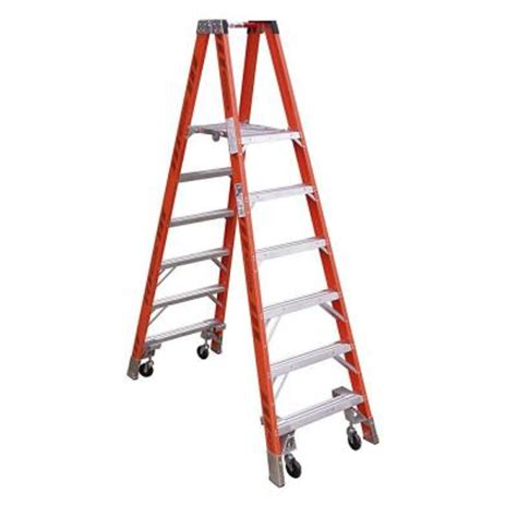 werner 10 ft fiberglass platform step ladder with casters