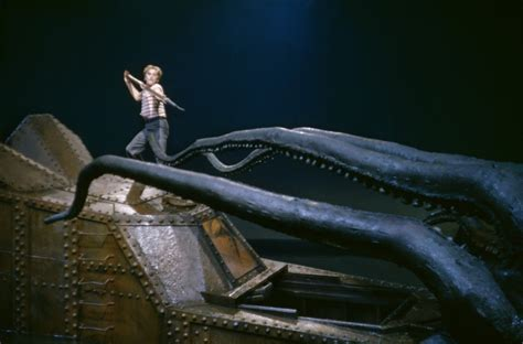 20000 leagues under the 20 000 leagues under the sea reboot goes ahead scifinow the world s best science fiction