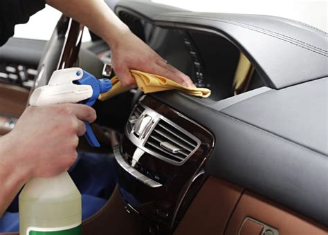 Car Upholstery Perth by 4 Easy Steps To Leather Car Interior Cleaning In Perth