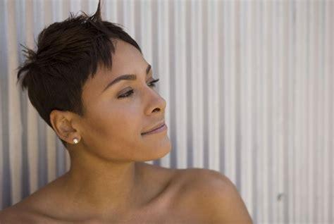 long razor haircuts for black woman short razor haircut for black women side view