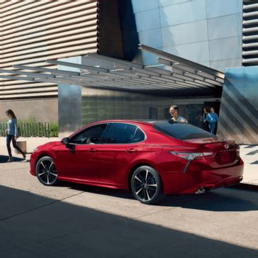 2018 toyota camry model info | msrp, features, trims