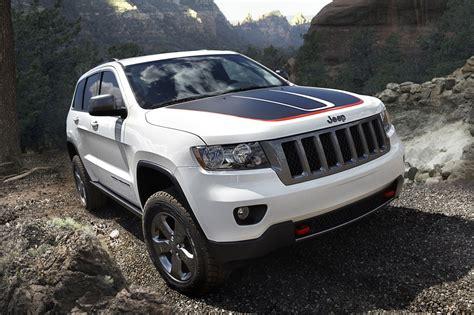 jeep hawk trail 2013 jeep grand cherokee trailhawk and wrangler moab