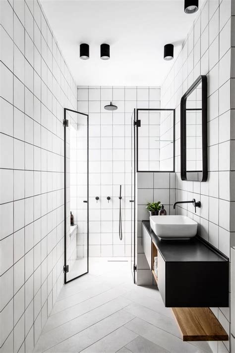 black n white bathrooms bathroom trends linee nere e dettagli metallici per il