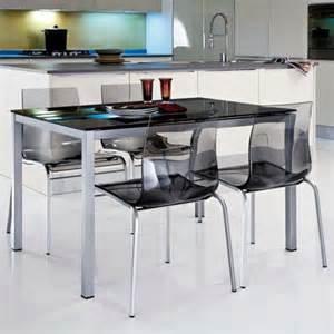 Délicieux Table De Cuisine Rectangulaire #1: chaises-transparentes-chaises-de-cuisine-noires.jpg