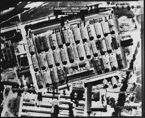 Auschwitz Records File Auschwitz I C Oswiecim Poland Nara 305902 Jpg Wikimedia Commons