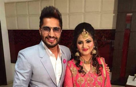 marriage pics of jassi gill with wife jassi gill marriage pics with wife hd