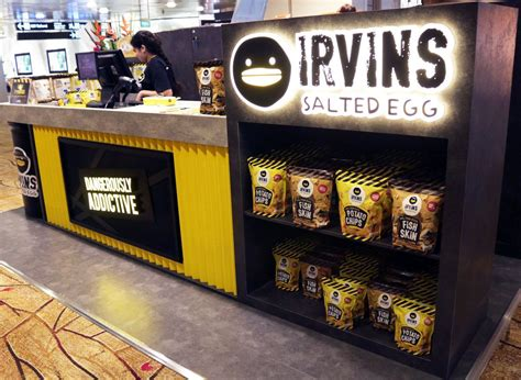 Irvins Salted Egg 105gr 3 changi airport on quot do you you can now grab some irvins salted egg snacks in t2