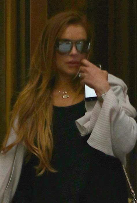 Lindsay Lohan Kicked Out Of Hotels by Dlisted Lindsay Lohan Was Spotted This Afternoon Before
