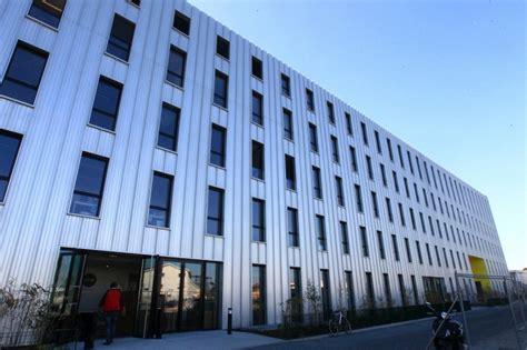 Bordeaux Business School Wine Mba by 4 Questions 192 Larrat Idrac Business School
