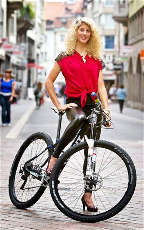 jolanda neff world champion professional mountain biker