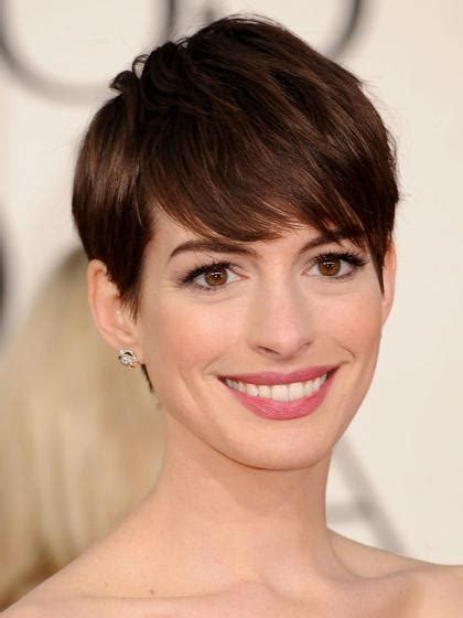 low maintence short hairstyles women in thwere 50 20 photo of low maintenance short haircuts