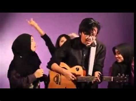 all about that bass versi melayu mokmel all about that bass versi melayu acoustic cover by