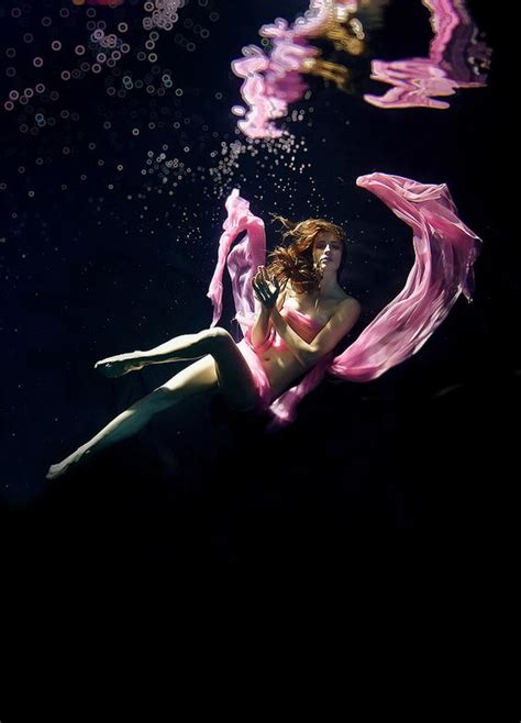 beautiful underwater fashion photography great inspire