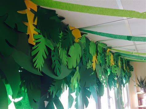 jungle theme decorating ideas the charming classroom island jungle theme