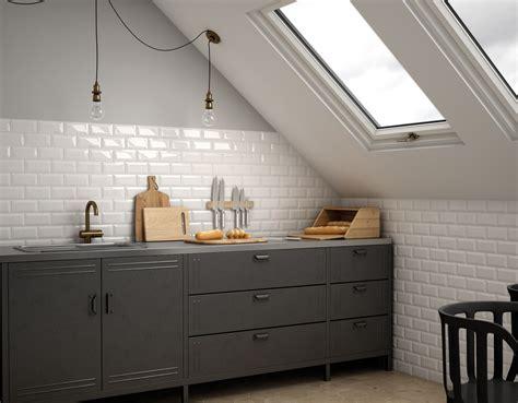 Install Tile Backsplash Kitchen by Le Metro Parisien Tendance Vintage Eiffel L Art De La