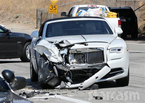 car crash kris jenner car crash photos from the updates from