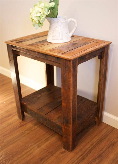 pallet  tablenightstandaccent table