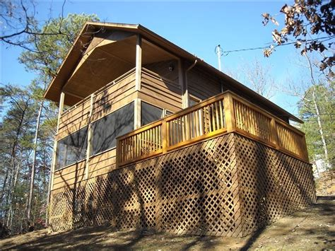 dog friendly tree houses your private treehouse king beds hot tub vrbo