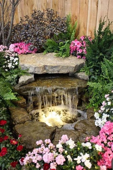 Design Ideas For Small Front Gardens by Best 25 Outdoor Water Features Ideas On Pinterest