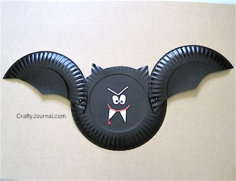 Paper Plate Bat Craft - paper plate bat