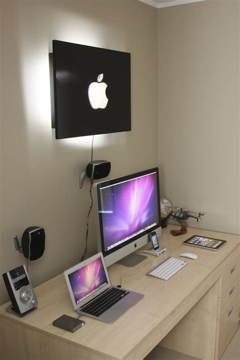 Home Business Ideas With Computers An Apple Enthusiast S Home Setup