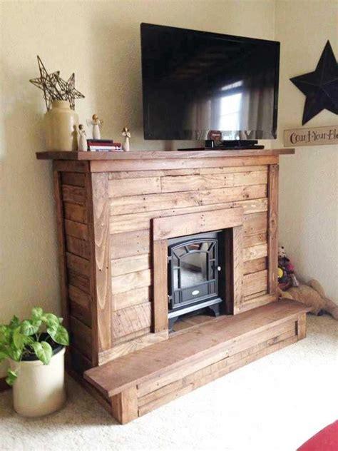 Pallet Fireplace by Best 25 Pallet Fireplace Ideas On