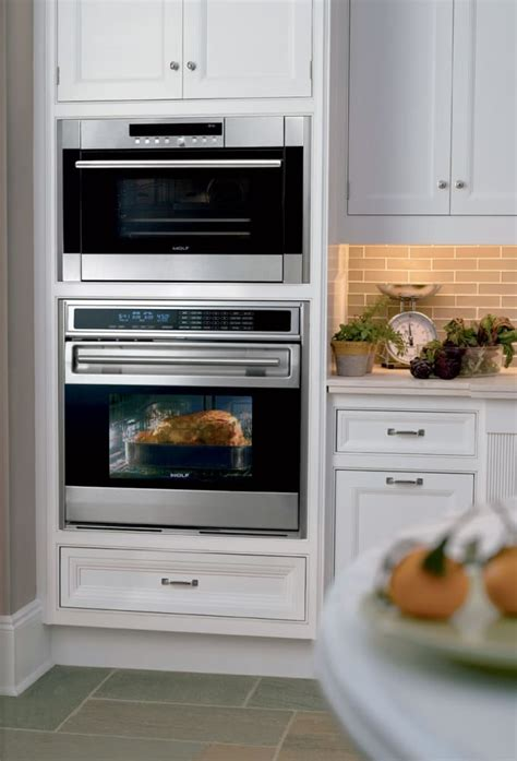 Wolf CSO24 24 Inch Convection Steam Oven with 1.8 cu. ft