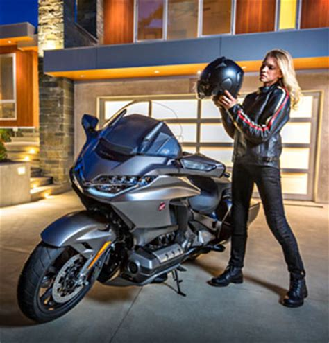 new 2019 honda gold wing tour automatic dct motorcycles