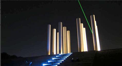 L Laser by Cergy Le Laser De L Axe Majeur Est De Retour