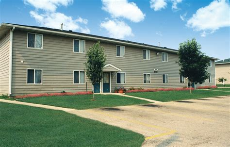 One Bedroom Apartments In Cedar Falls Iowa | one bedroom apartments in cedar falls ia bedroom and bed