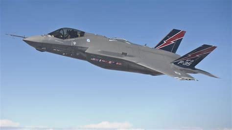 f35 stealth fighter jet fires 181 rounds a minute