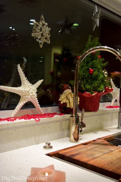 window sill christmas decorations tips on decorating window sills for the holidays