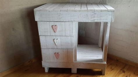 baby compactum   recycled pallet wood eco