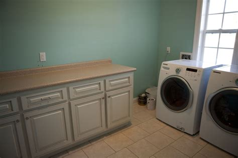 laundry room paint color for the home