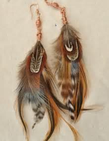 les boucles d oreilles plumes en 42 photos