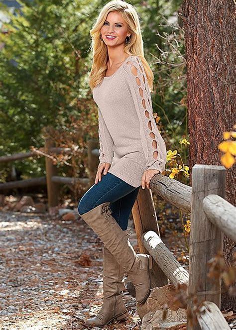 favorite time  year boot  sweater season venus