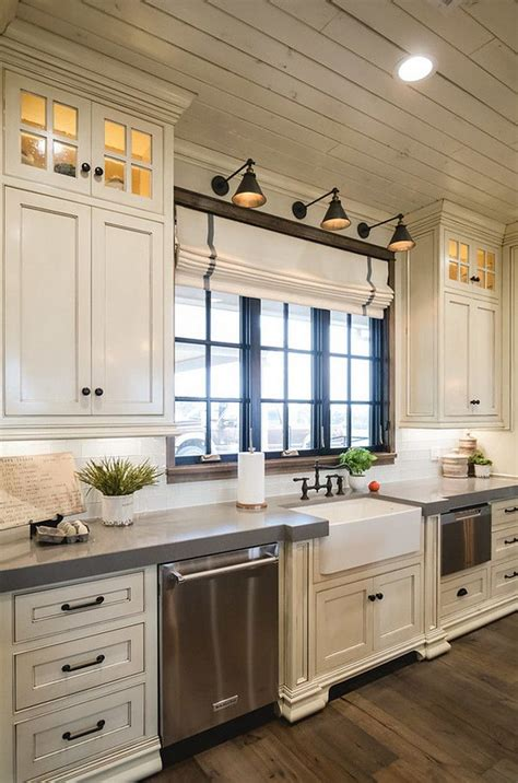 kitchen styling ideas 25 best ideas about farmhouse kitchen cabinets on