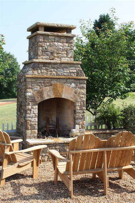 Outdoor Stacked Fireplace by Fireplaces And Firepits A Collection Of Ideas To Try