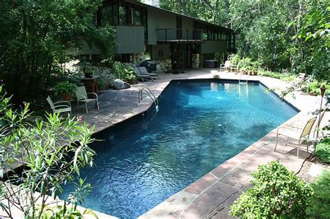 l shaped pool designs l shaped backyard pool awesome inground pool designs