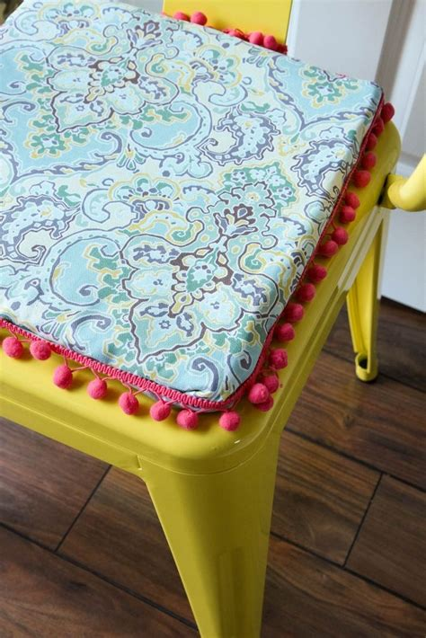 diy  sew reversible chair cushions waverly inspirations