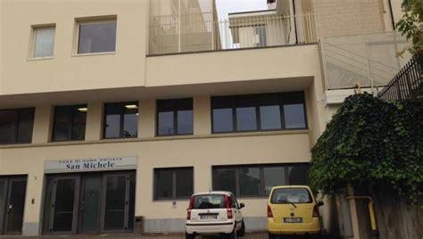 casa di cura san michele bra detenuto appena trasferito a bra evade dalla clinica