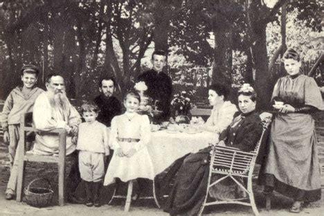 Leo Tolstoy Karenina Bahasa Inggris the tolstoy family modern day descendants of the great