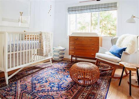 grand tapis chambre enfant affordable dans cette chambre enfant au style scandinave