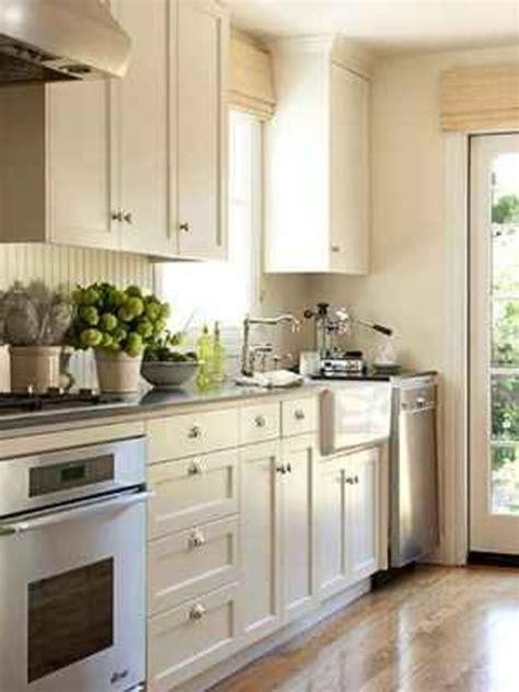 small kitchen design uk dgmagnets com unique small kitchen designs uk on home design planning