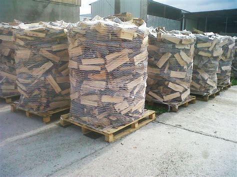 vendita legna per camino produzione e vendita di legna da ardere bosco verde