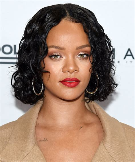 bob hairstyle for oval shape head find the perfect cut for your face shape instyle com